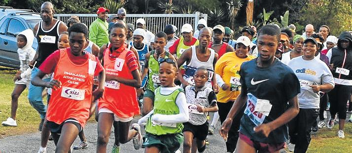 AND THEY'RE OFF: The start of the Siza Vitality 5km fun run at Port Alfred High School on Saturday drew an appreciative field of runners, who are helping to grow the event. Pictures: JON HOUZET