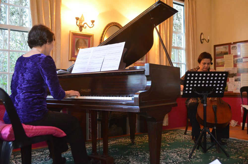 Beautiful music brings joy talk of the town for Piano house classics