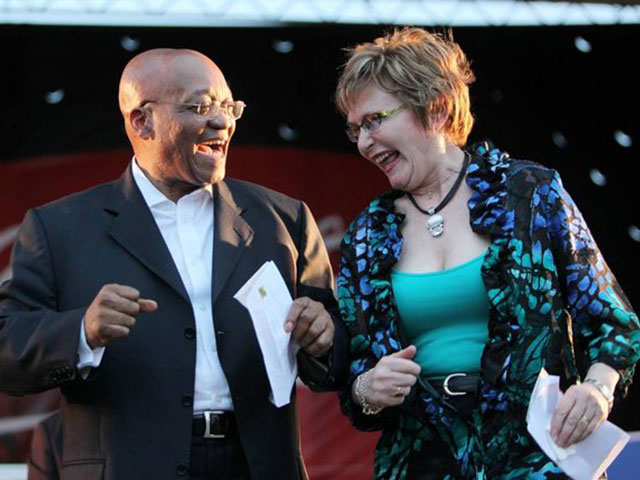South Africa : Opposition suspends ex-leader Zille over tweet